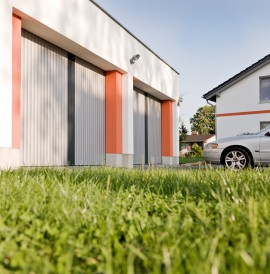 The Adaptable Aluminium Garage Door The Vertico Lateral