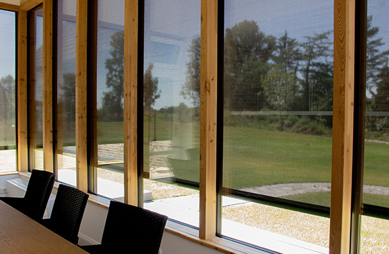 Alulux Zip-Textile-Screen sun protection exterior view